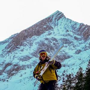 Ski on the Rock
